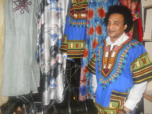 black-and-white-afroshop0053